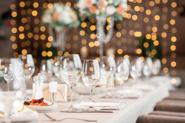 Banquet table setup